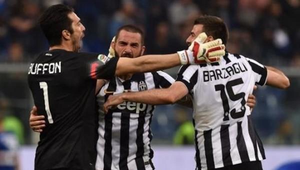 Juventus'tan sürpriz Buffon ve Barzagli kararı