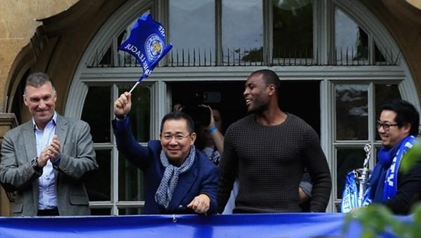 Leicester City'nin sahibinin yüzü güldü