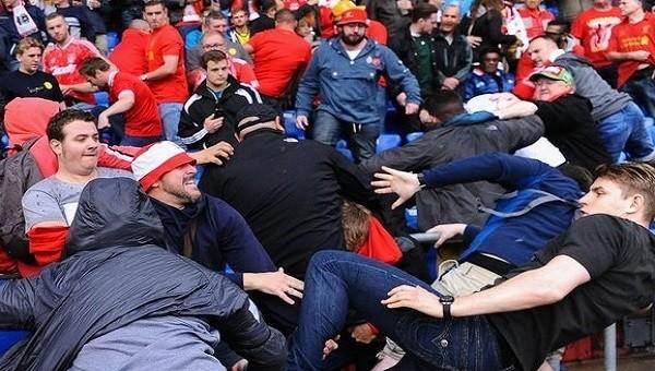 Liverpool ve Sevilla taraftarları arasında kavga çıktı - UEFA