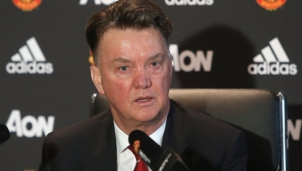 Louis van Gaal, Manchester United'dan ayrıldı