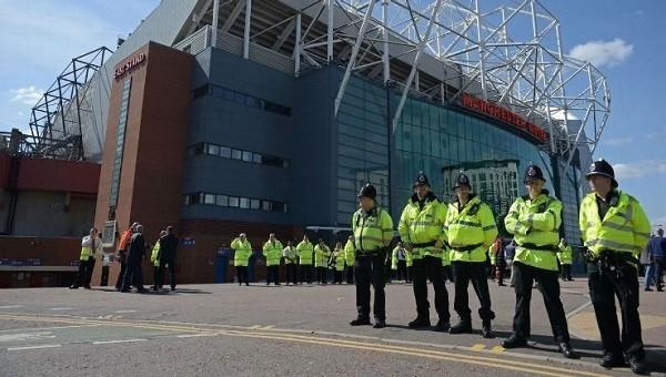 Manchester United - Bournemouth maçının ertelenme sebebi