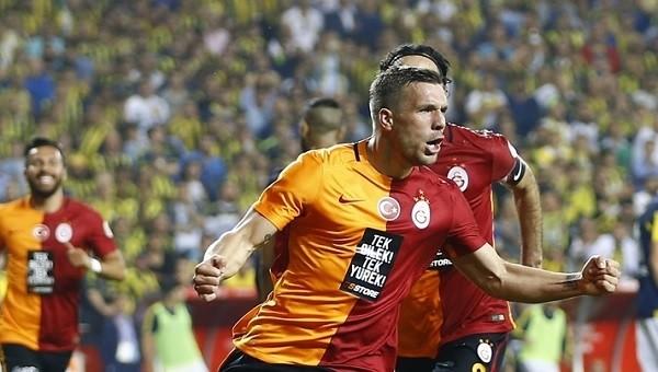 Podolski'den Fenerbahçe göndermesi