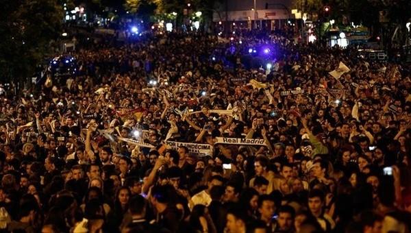 Şampiyonlar Ligi Haberleri: Real Madrid şampiyonluğu kutladı