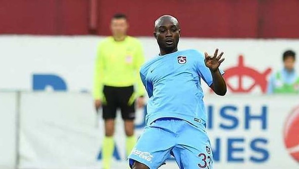 Trabzonspor Transfer Haberleri: Akakpo takımda kalacak