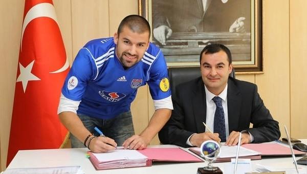 Adana Demirspor Haberleri: Nikola Raspopovic transferinde pürüz