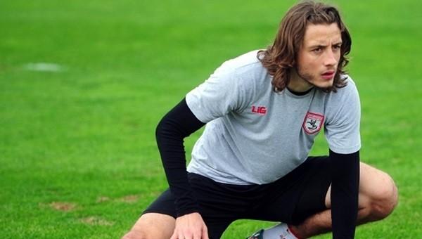 Samsunspor'dan Taha Yalçıner imzayı attı