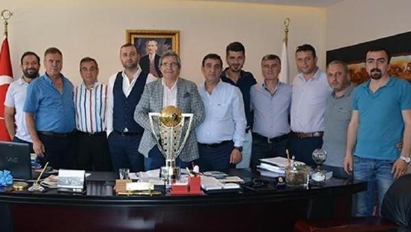 Bandırmaspor Haberleri: Takımdan Belediye Başkanı Dursun Mirza'ya ziyaret