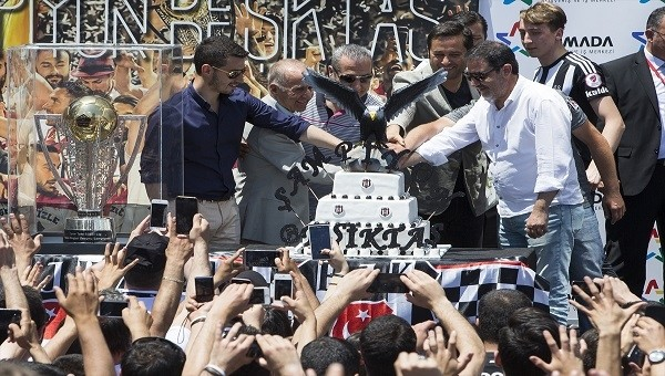 Beşiktaş Haberleri: Şampiyonluk kutlamaları Ankara'da sürüyor