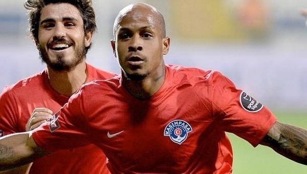Del Valle, Copa America'da forma giyecek