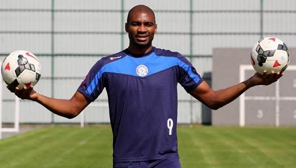 Çaykur Rizespor Transfer Haberleri: Leonard Kweuke imzayı attı