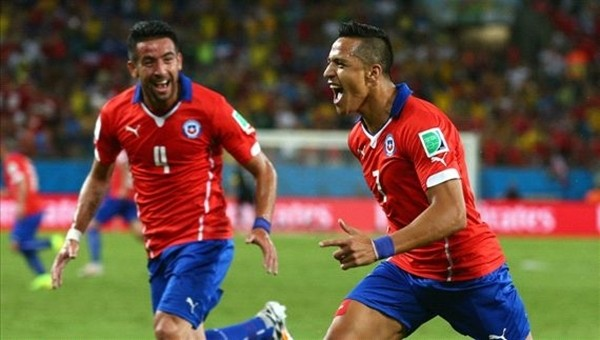 Copa America Haberleri: Alexis Sanchez ve Eduardo Vargas'tan tarihi performans