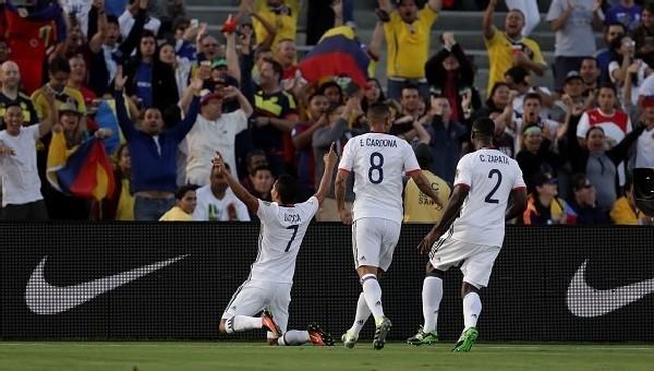 Copa America Haberleri: Kolombiya, Paraguay'ı devirdi (Kolombiya Paraguay maç özeti)