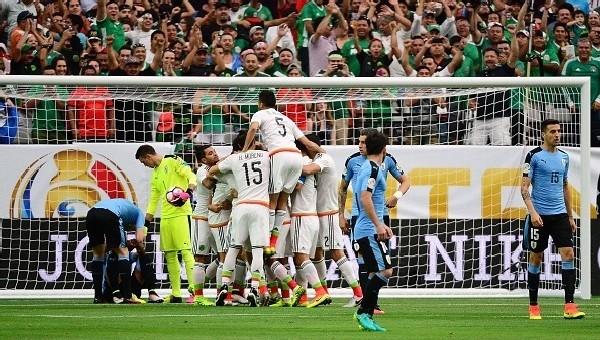 Copa America Haberleri: Meksika, Uruguay'ı dağıttı (Meksika Uruguay 3-1  maç özeti)