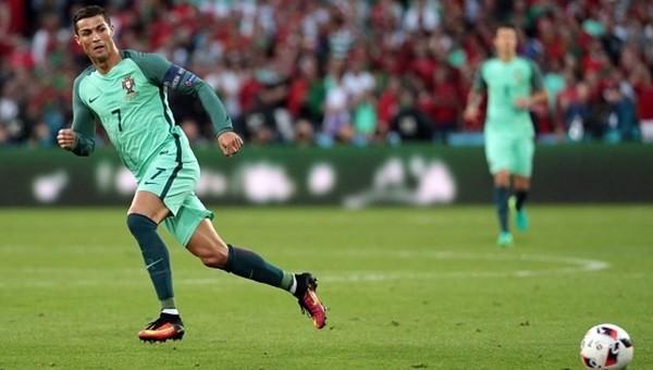 Cristiano Ronaldo EURO 2016'da rekor peşinde!