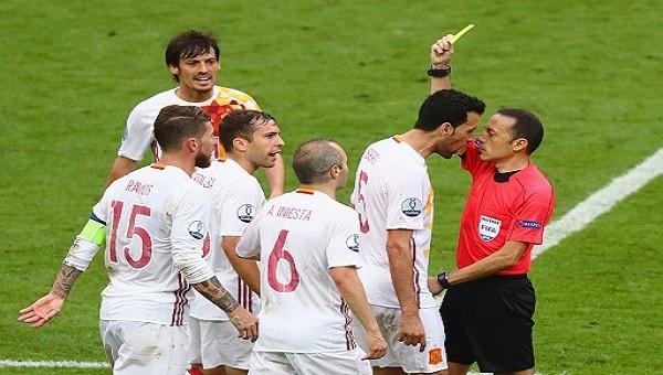 Cüneyt Çakır, İspanyolları çıldırttı! Kırmızı...