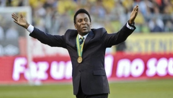 Dünyadan Futbol Haberleri: Pele'ye onur madalyası