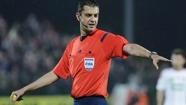 Fransa - Romanya açılış maçını hakem Viktor Kassai yönetecek
