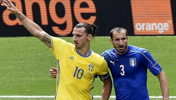 Zlatan Ibrahimovic'ten Chiellini'ye sert gönderme