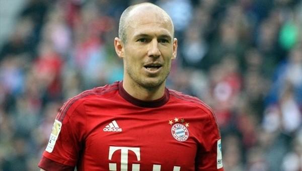 Fenerbahçe Transfer Haberleri: Arjen Robben'in parası Luis Nani'den...