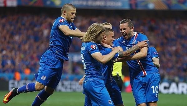 İzlanda Avrupa Şampiyonaları tarihine geçti