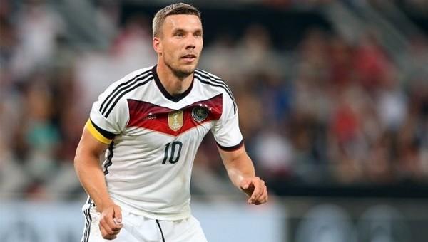 Lukas Podolski'den EURO 2016'da bir ilk
