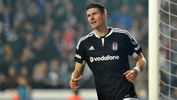 Beşiktaş Haberleri: Mario Gomez transferini ele veren kağıt