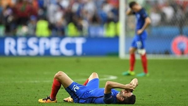 Fransa'nın EURO 2016 finalinde kaybetmesi ülke basınında