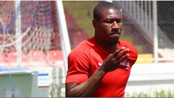 Kayserispor'un yeni transferi Nakoulma kampa katıldı