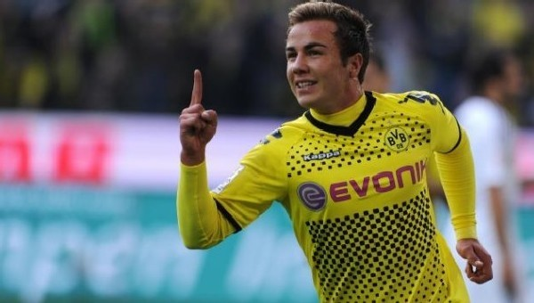Mario Götze, Borussia Dortmund'a döndü