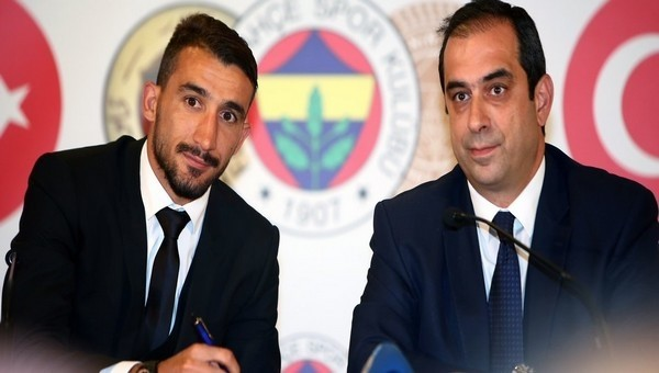 Mehmet Topal resmi sözleşmeyi imzaladı