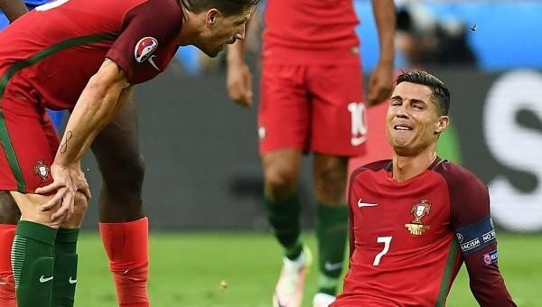Cristiano Ronaldo'nun sakatlığı sosyal medyayı salladı (Portekiz - Fransa Euro 2016 final maçı)