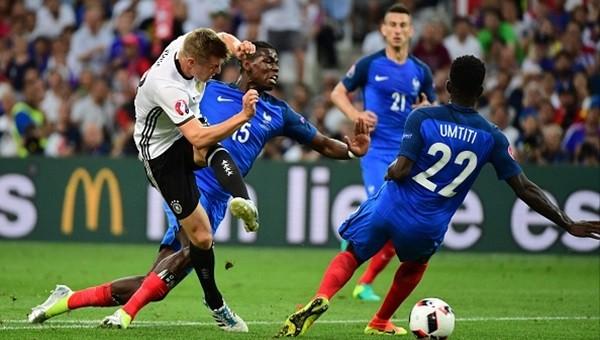 Almanya'nın penaltı isyanı! Rizzoli...