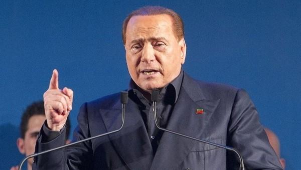 Berlusconi, Milan'ı Çinlilere satıyor