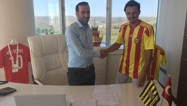 Yeni Malatyaspor, Adana Demirspor'dan Ahmet Burak Solakel'i transfer etti