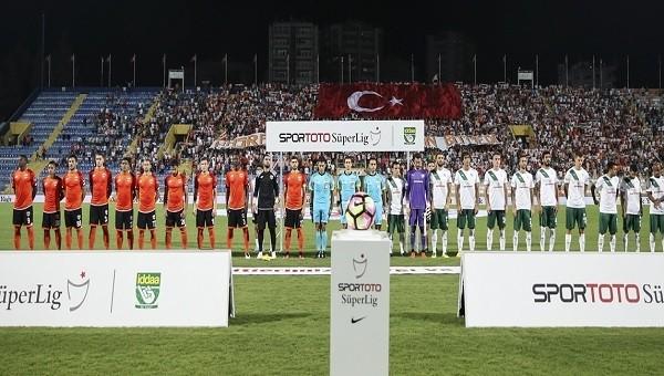Adanaspor'da iki futbolcu birbirlerine girdi