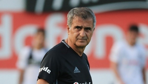 Beşiktaş'tan sürpriz orta saha atağı