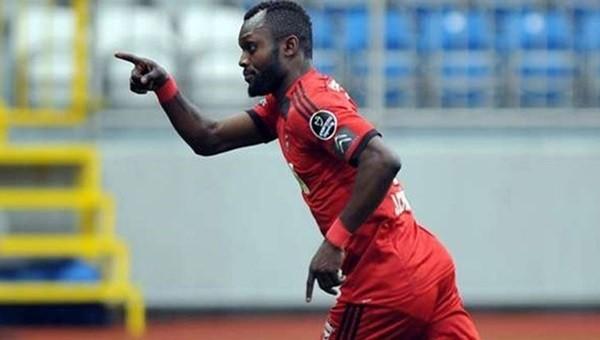 Chibuike İsveç Ligi'ne transfer oldu