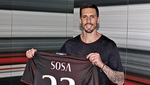 Jose Sosa Milan'da yine ilk 11'de yok
