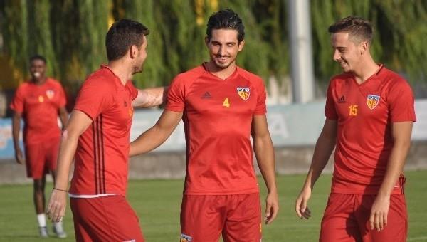 Kayserispor'da yeni transferler idmana çıktı