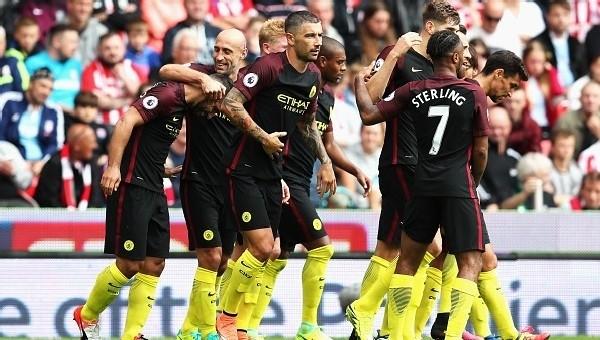 Manchester City hatasız gidiyor