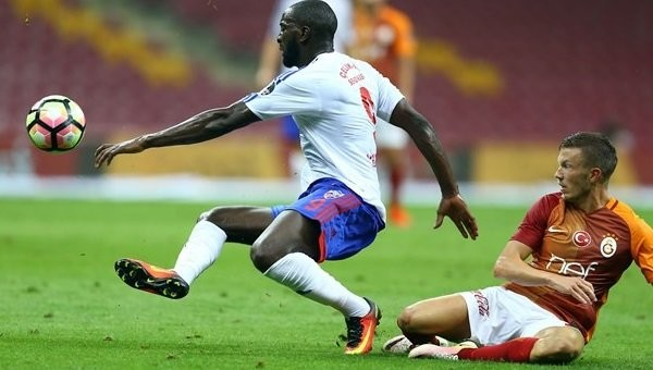 Galatasaray'da kayıplara karışan futbolcu