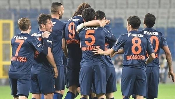 Medipol Başakşehir, Avrupa Ligi'nde play-off turuna kaldı
