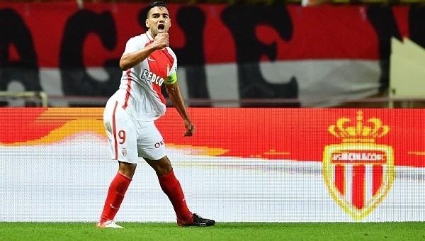 Monaco'ya Falcao'dan kötü haber