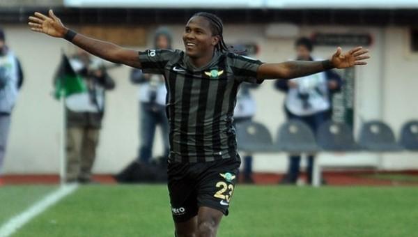 Rodallega hat-trick yaptı, Akhisar gol yağdırdı