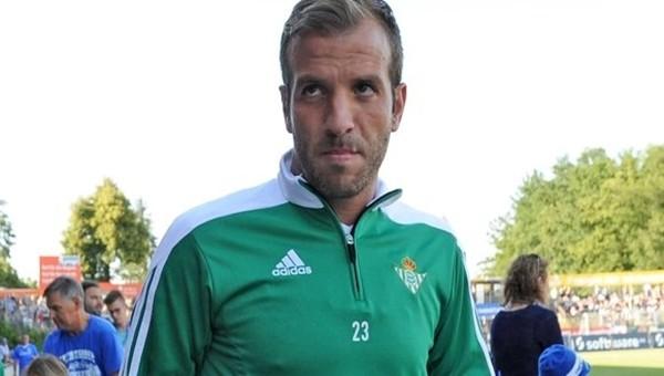Van der Vaart, Danimarka Ligi'ne transfer oldu