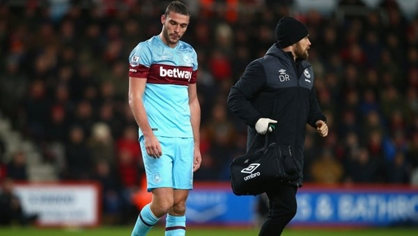 West Ham United'da Andy Carroll depremi