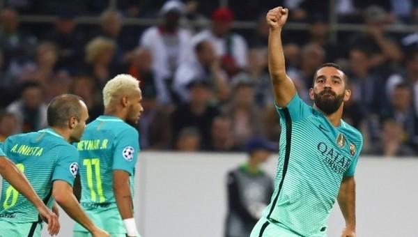 Arda Turan'dan M'Gladbach'a gol