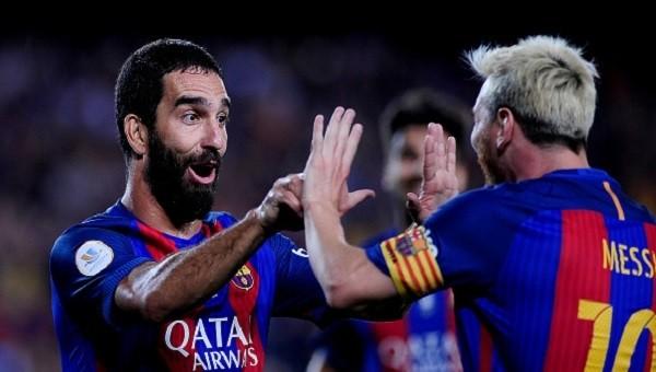Arda Turan'dan Messi açıklaması