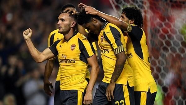 Arsenal güle oynaya tur atladı