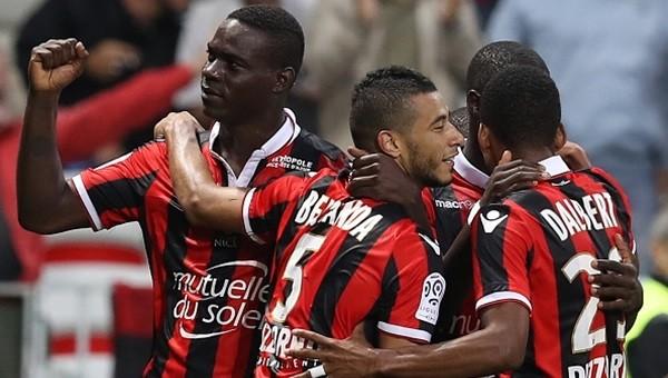 Balotelli attı, Nice liderliğe yükseldi
